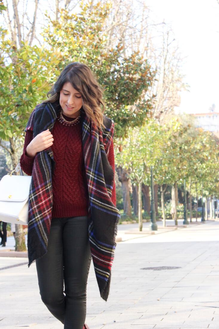 blog-moda-streetstyle-estilo-tendencias-looks-bufanda-manta-botas-de-agua