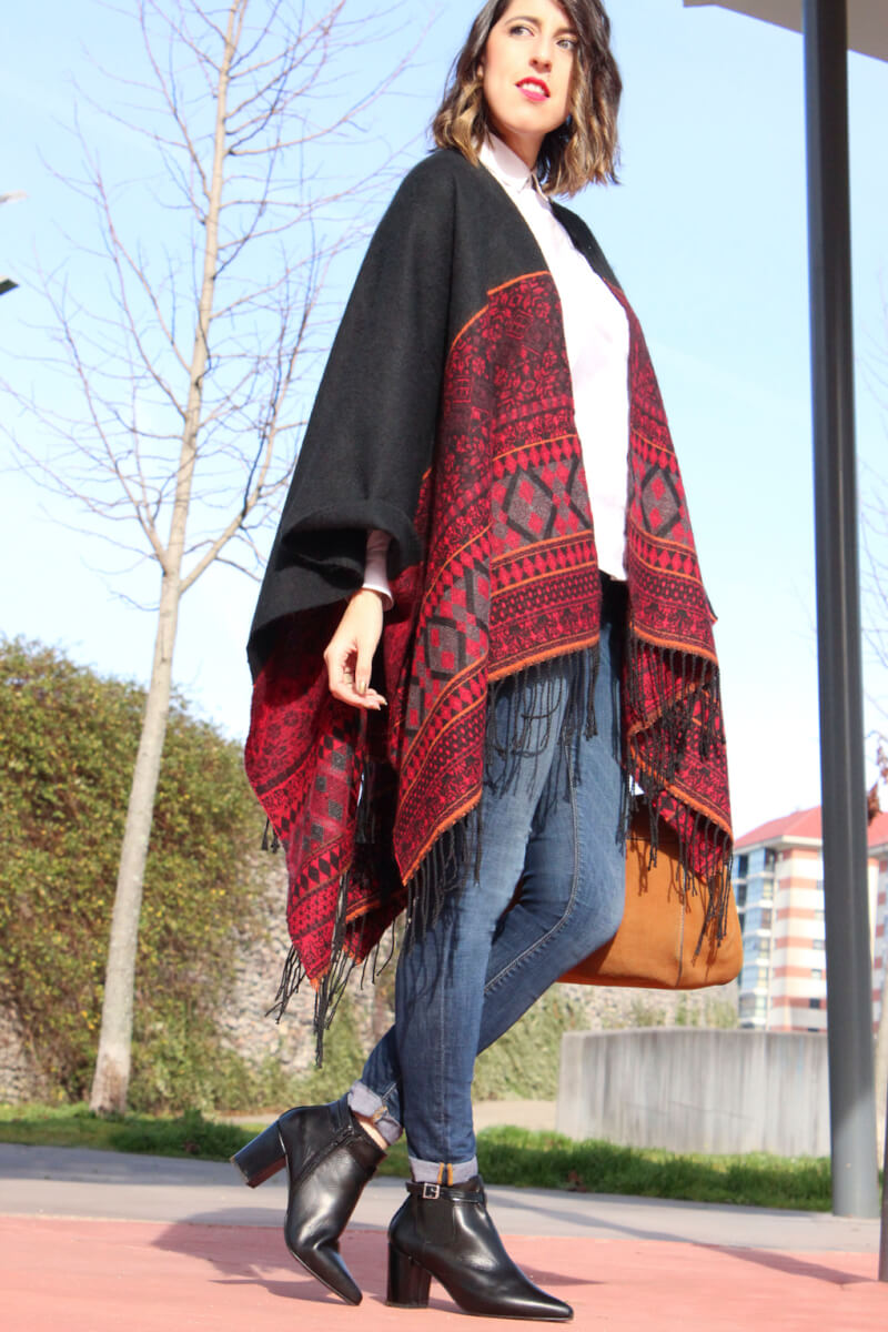 poncho-streetstyle-trend-look-fashion-fashionblogger