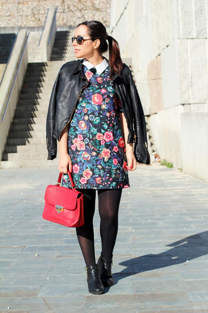 blog-moda-vigo-street-style-vestido-flores-street-style-perfecto-looks-con-biker-cuero-cazadora-perfecto-zara