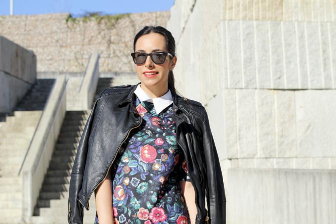look-lady-zara-look-biker-motera-street-style-perfecto-looks-con-bolso-rojo