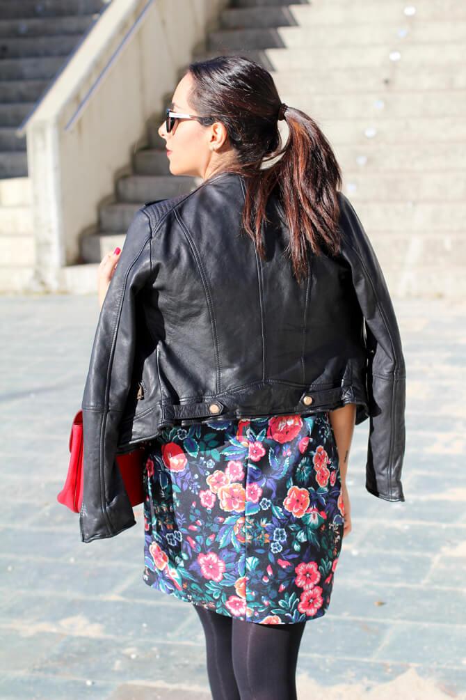 street-style-perfecto-cuero-vestido-lady-zara-vestido-babydoll-blog-moda-vigo-blog-moda-galicia