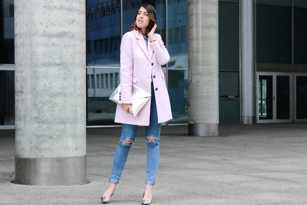 look-abrigo-rosa-inspiracion-blog-moda-tendnecias