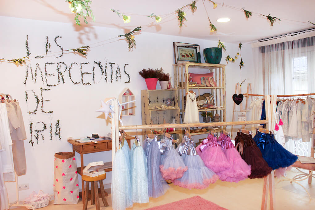 showroom-pontevedra-showroom-ceremonia-pontevedra-showroom-boda-showroom-invitada-las-merceditas-de-iria