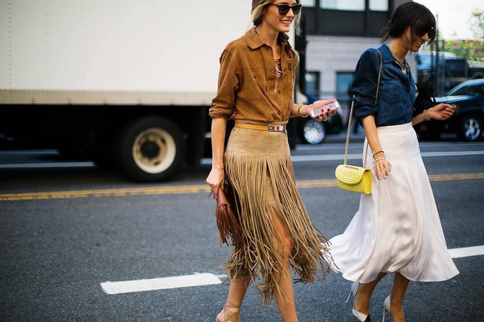 inspiracion-look-con-flecos-street-style-flecos-falda-flecos