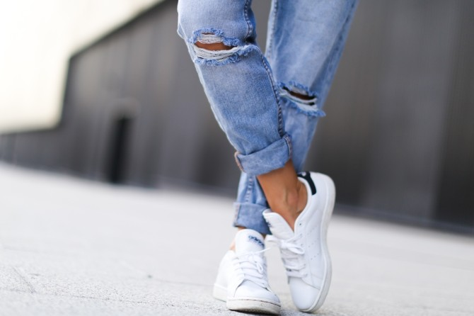 adidas blancas de moda