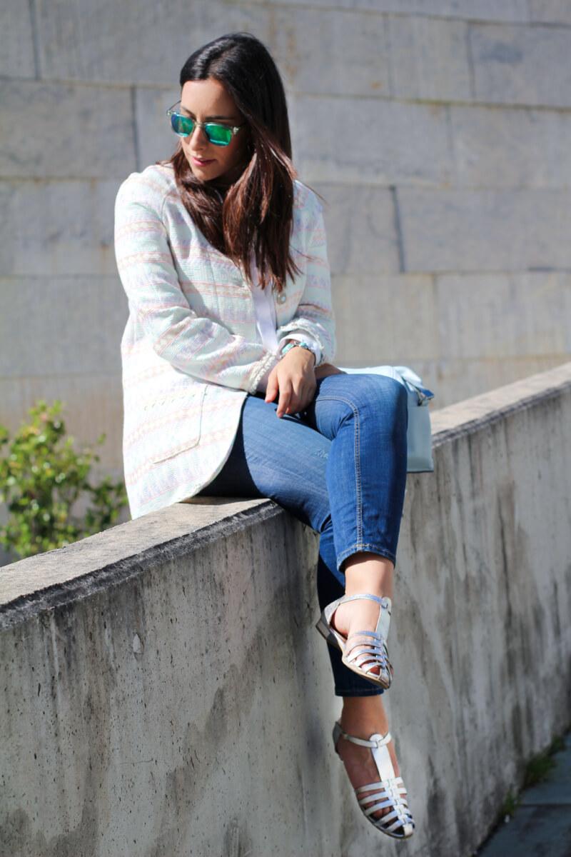look-tonos-pastel-moda-vigo-moda-galicia-look-con-jeans-fashion-blog-street-style