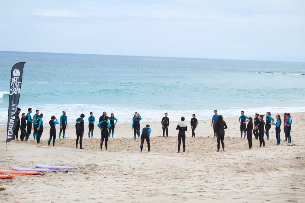 playa-razo-artsurcamp-calentamiento-ejercicio-surf-deporte
