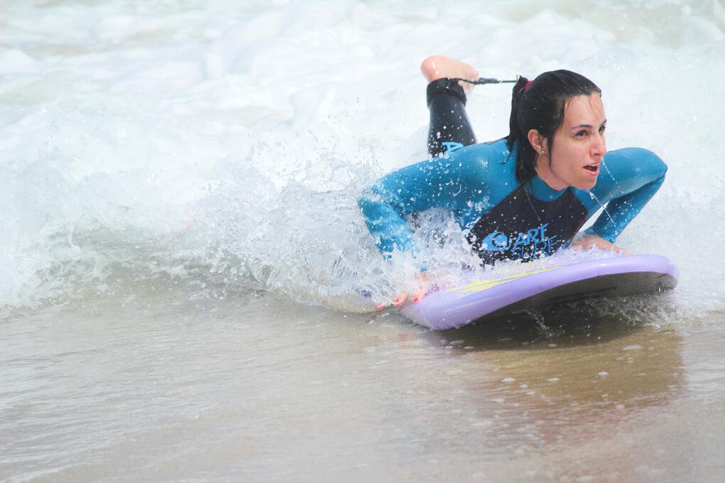 tabla-surf-principiante-olas-razo-moda-blog-evento