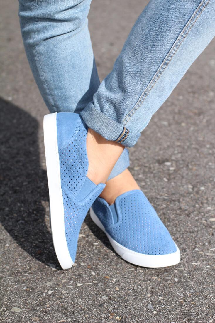 slip-on-ante-clarks-moda-slip-on-clarks-calzado-de-calidad-masculino-vs-femenino