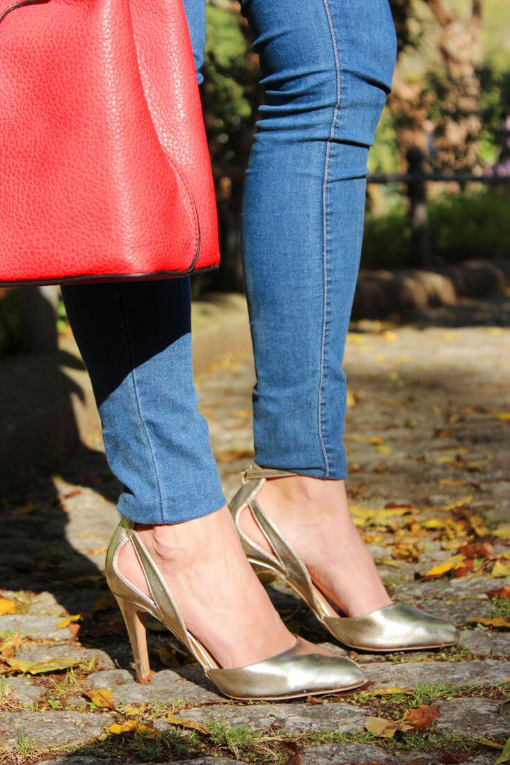 tacones-dorados-look-outfit-zara-jeans-moda-blog-galicia