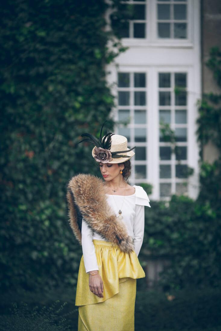 LOOK-_invitadas_boda-invitada-perfecta-accesorios-boda-canotier