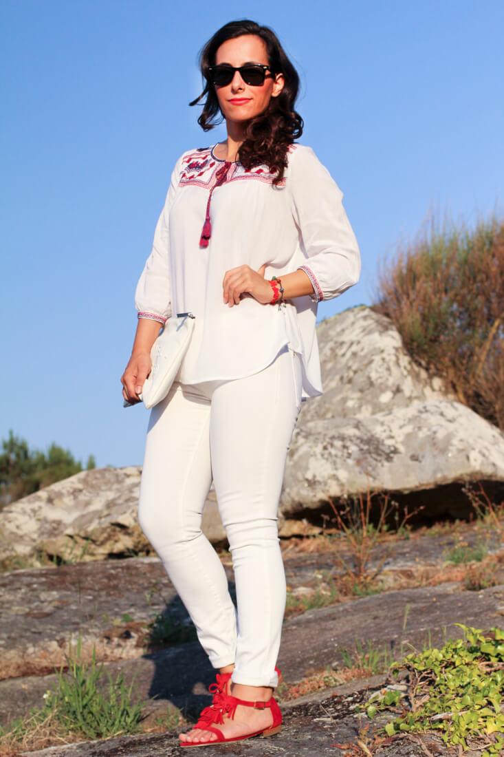 blog-moda-vigo-blog-moda-galicia-blog-moda-españa-look-blogger-gallega-blogger-españa-blog-tendencias-look-boho-outfit-boho-chic-street-style-blanco-total-look-en-blanco