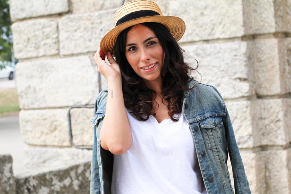 canotier-vintage-look-canotier-look-cazadora-vaquera-fashion-look-street-style-denim-jacket