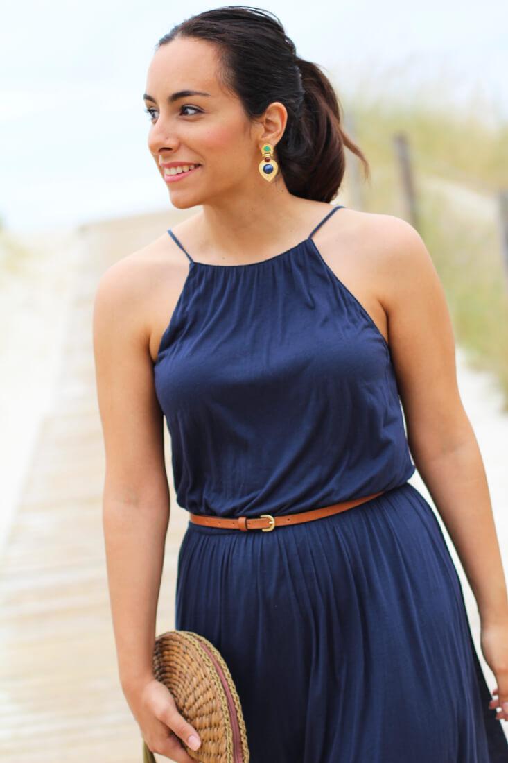 como-combinar-tu-vestido-largo-vestido-largo-azul-marino-massimo-dutti-pendientes-happiness-boutique-fashion-look-siemprehayalgoqueponerse