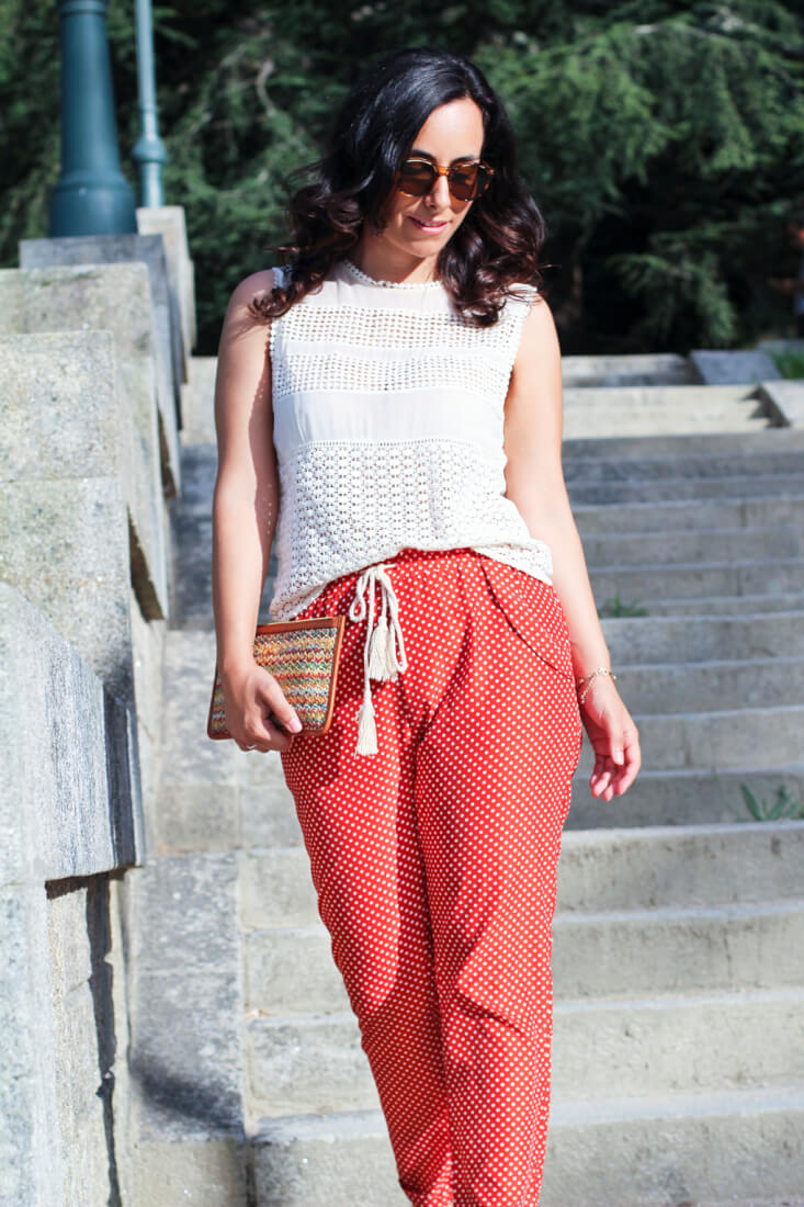 look-pantalon-fluido-top-con-crochet-street-style-crochet-pantalon-pijama-fashion-blog