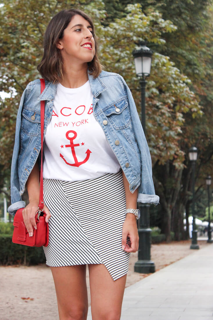 camiseta-ancla-jacobs-keepcalmtrendy-falda-asimetrica-rayas