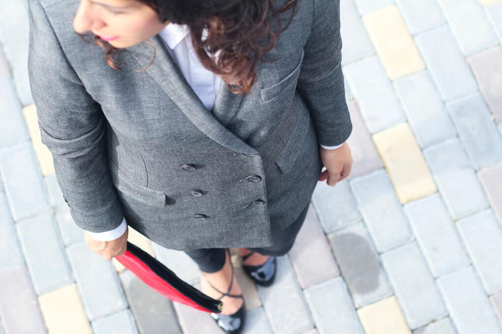 blazer-doble-botonadura-americana-doble-botonadura-street-style-blazer-street-style-gris-street-style-red