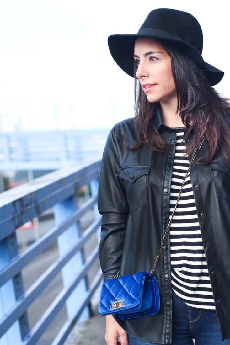blog-moda-vigo-blog-moda-galicia-blog-moda-españa-bolso-terciopelo-street-style-rayas