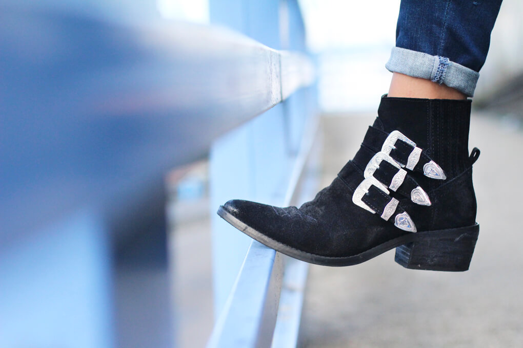 botines-bershka-bolso-terciopelo-detalle-zapatos-moda-españa-blog-moda-vigo