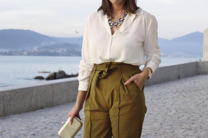 moda-vigo-moda-siemprehayalgoqueponerse-look-camisa-blanca