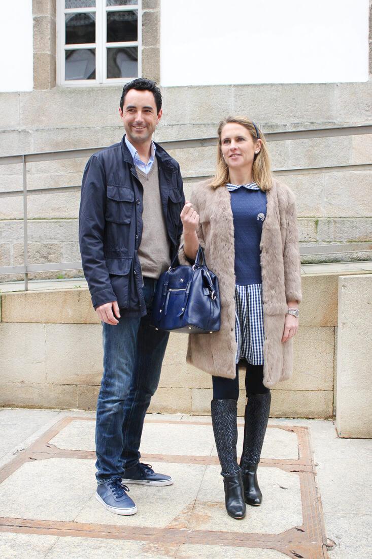 moda-vigo-streetstyle-pareja-vestido-dolorespromesas-bolso-purificaciongarcia-abrigo-cococlothes-jersey-ganso-jeans-calvinklein-siemprehayalgoqueponerse