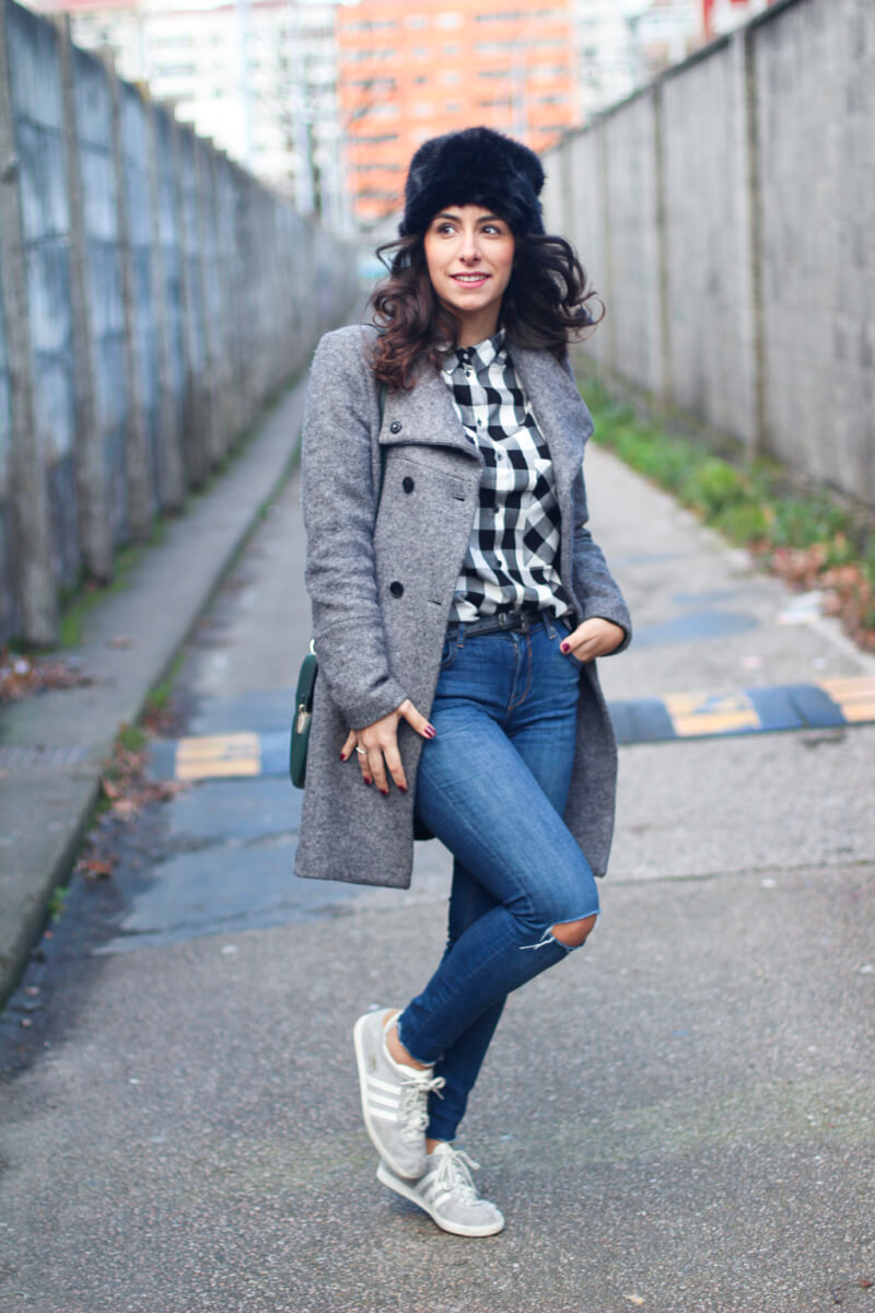 street-style-grey-street-style-cuadros-street-style-gazelle-sombrero-pelo