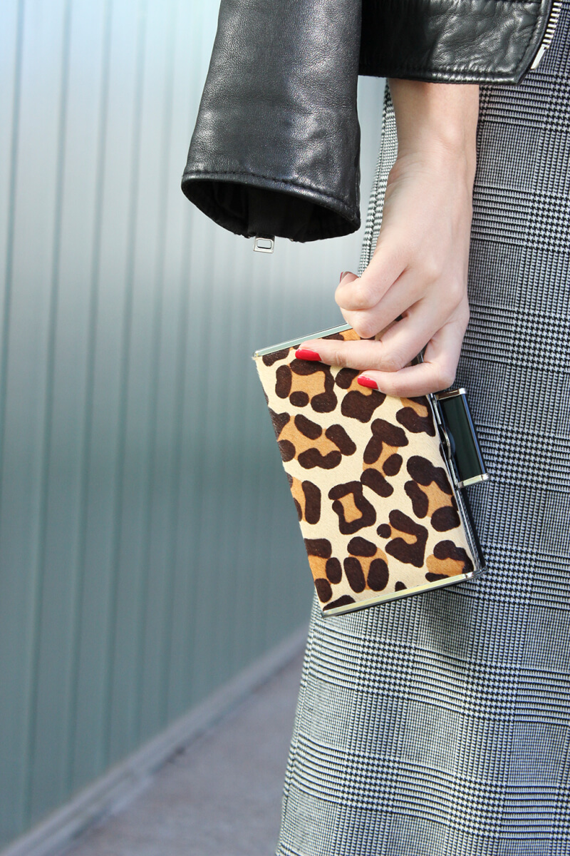 clutch-estampado-leopardo-pantalones-culotte-blog-moda-siemprehayalgoqueponerse