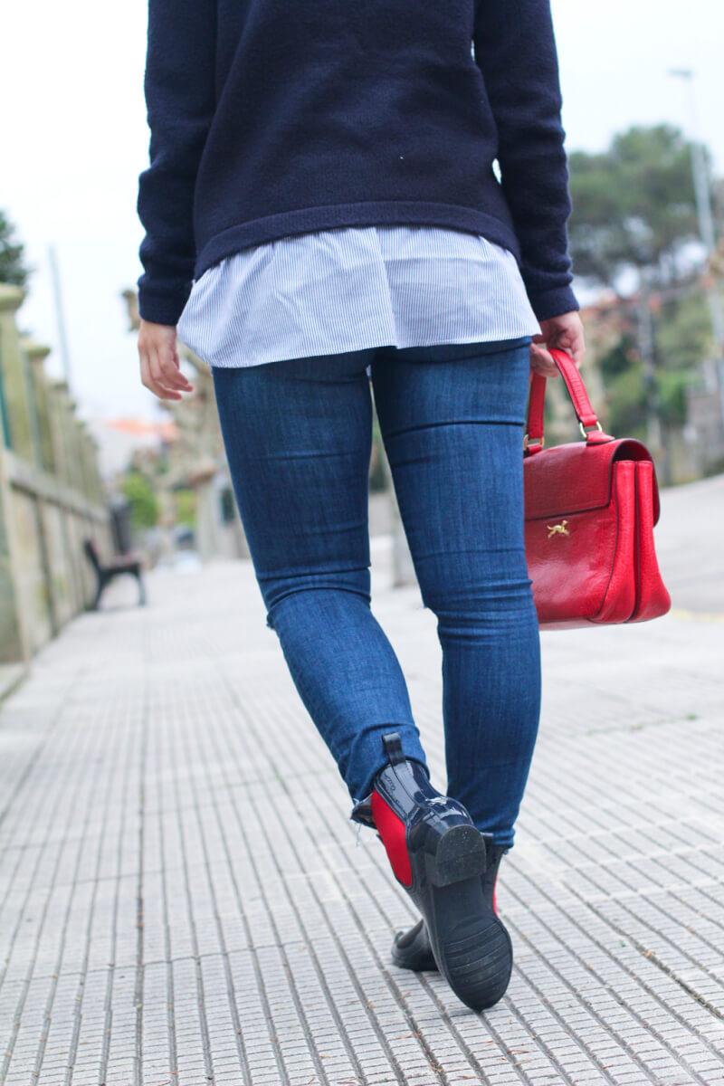 street-style-jeans-street-style-red-botines-de-agua