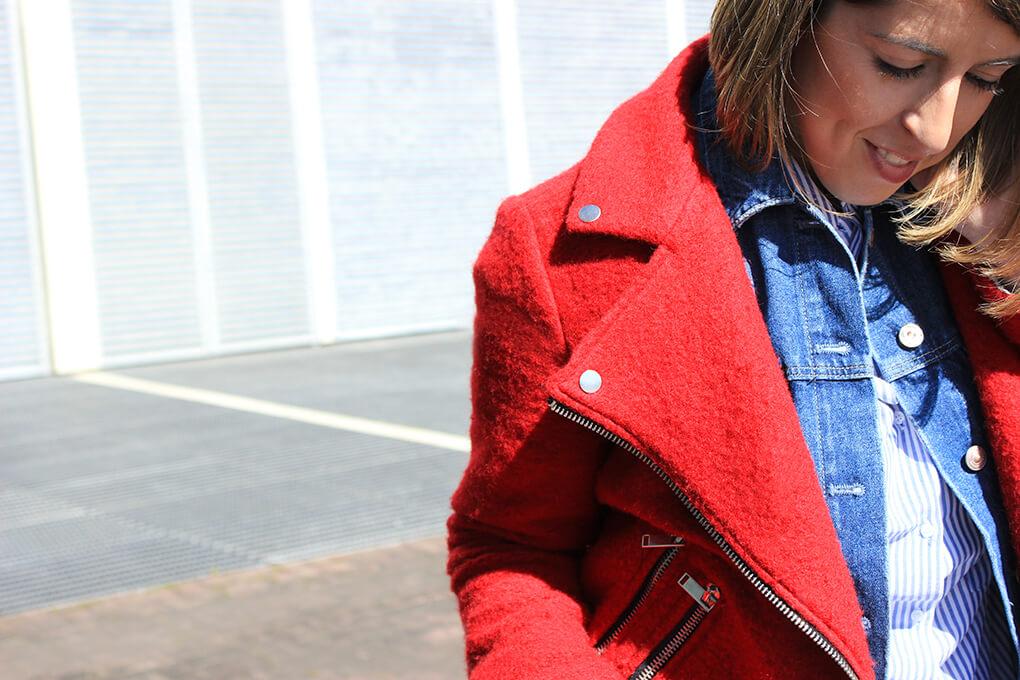 biker-chaqueta-perfecto-roja-stradivarius-tendencias-moda