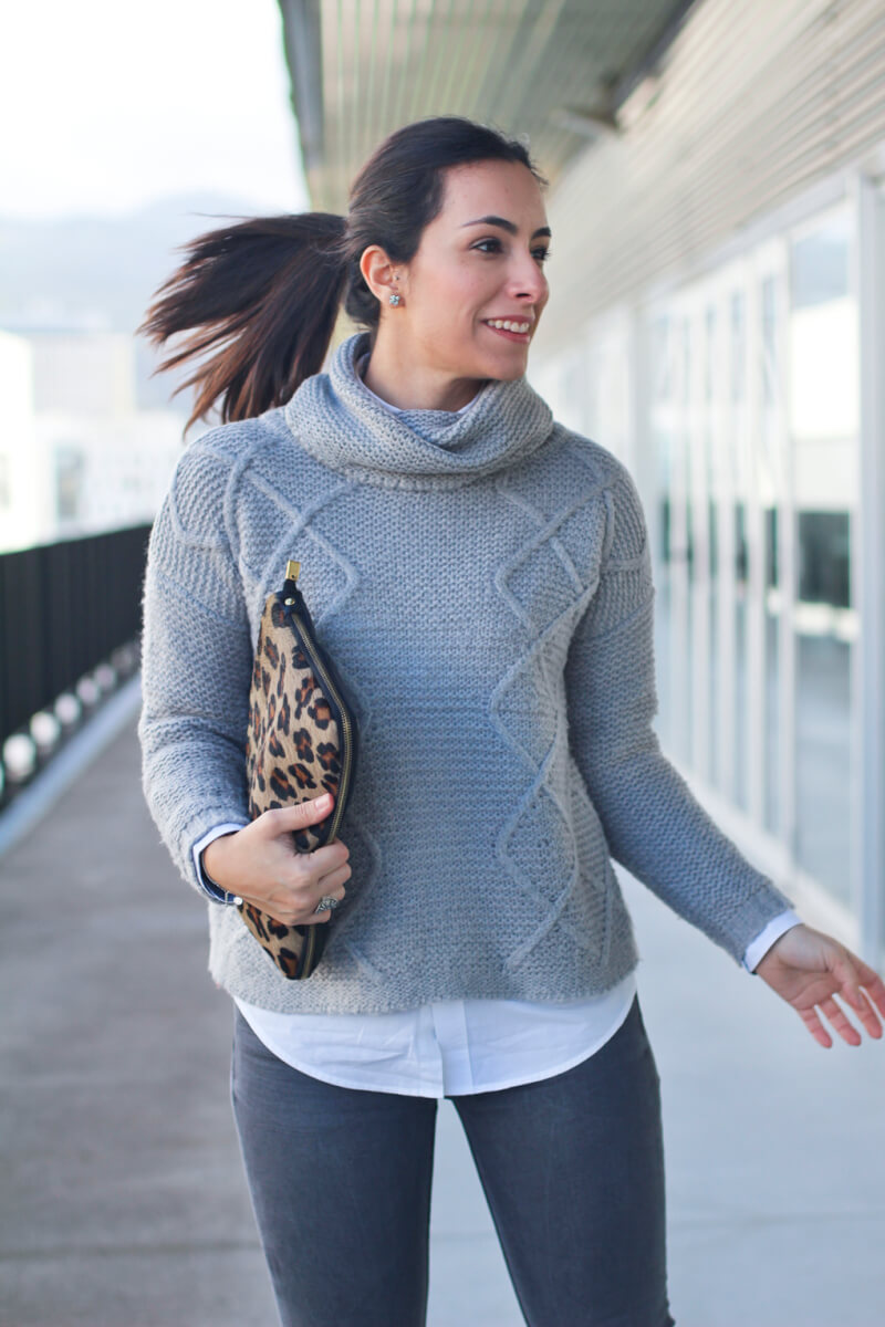look-con-cluch-animal-print-street-style-winter