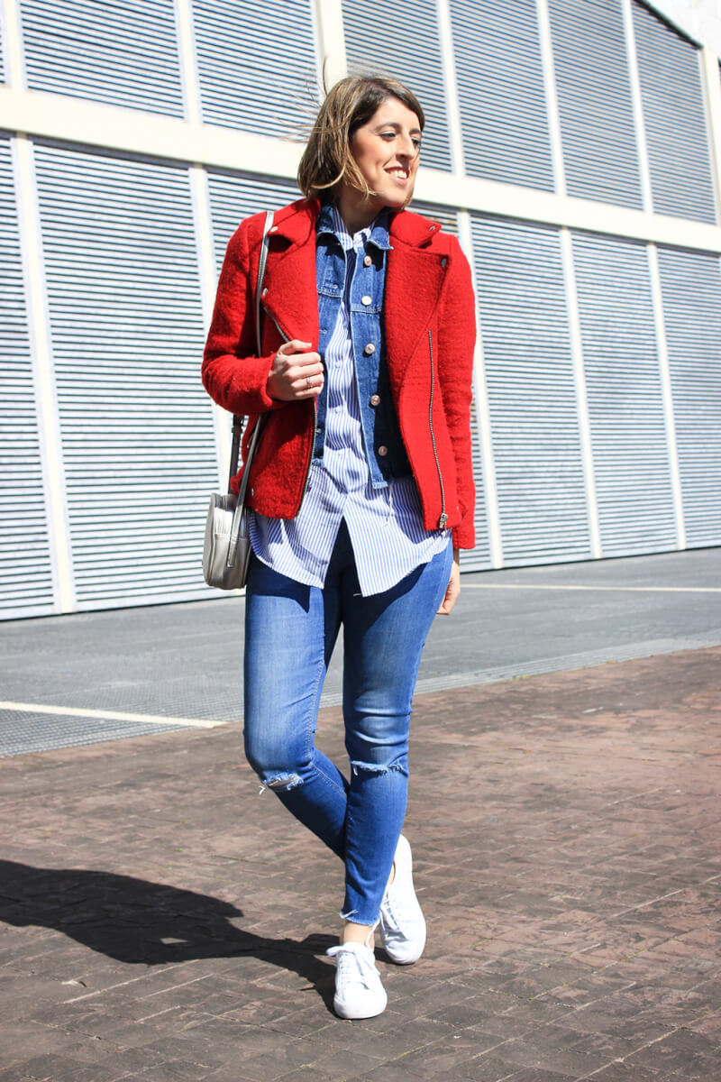 siemprehayalgoqueponerse-blog-moda-tendencias-chaqueta-perfecto-roja-denim-jeans-rotos