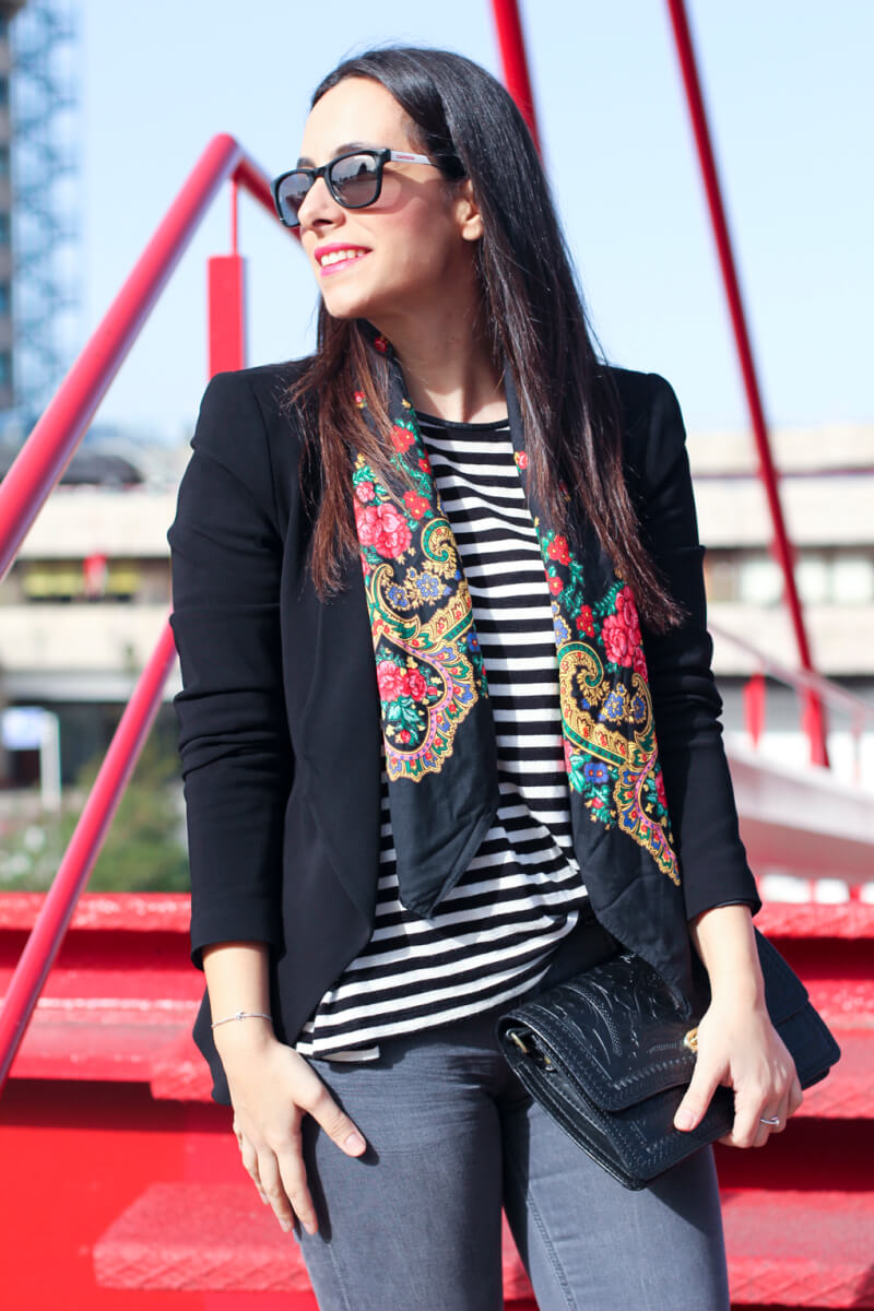 yael-shaqp-fashion-blog-spain-look-pañuelo-portugués-portuguese-scarves-look