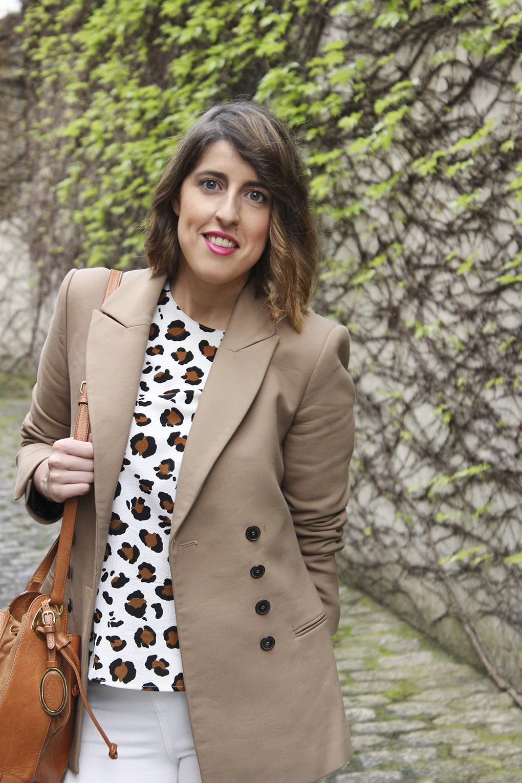 blusa-animal-print-americana-marron-blazer-camel-bolso-bombonera-bimbaylola