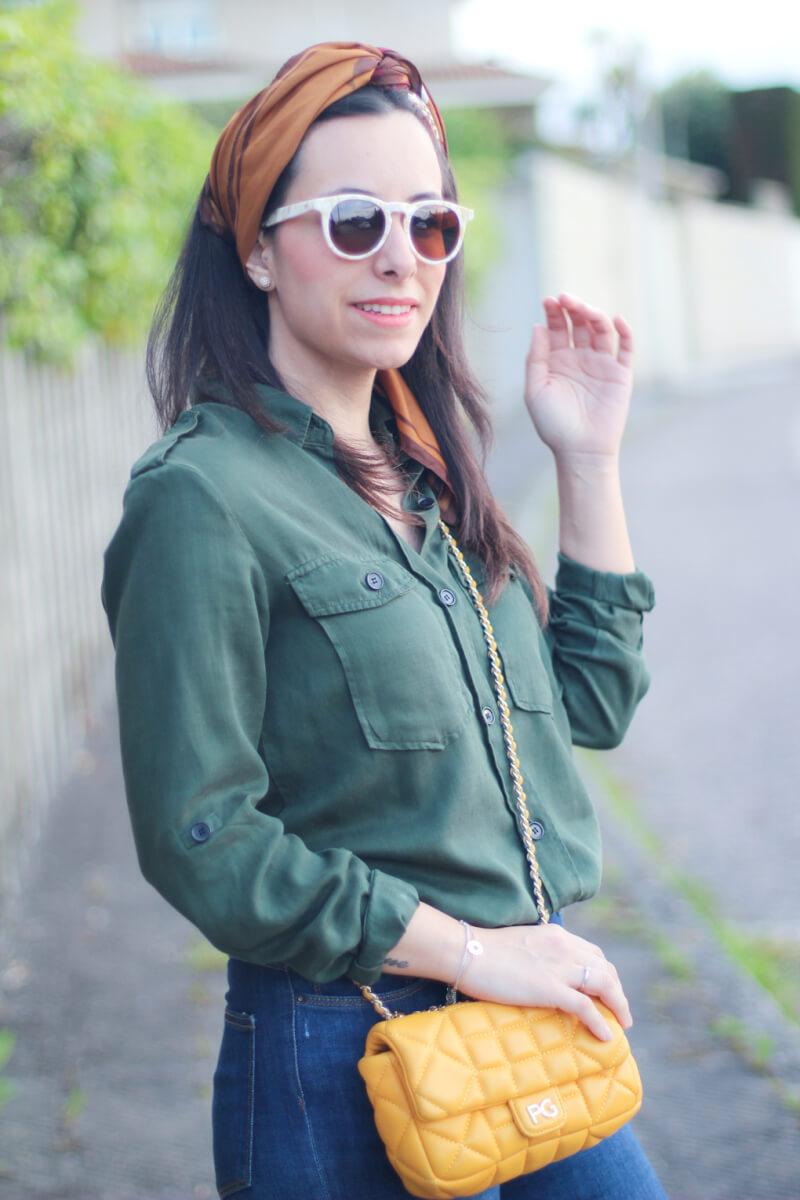street-style-camisa-militar-bolso-acolchado