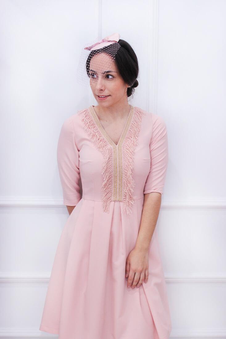 tocado-red-rosa-invitada-perfecta-boda-moda-española