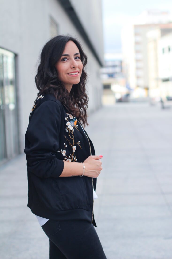 outfit-bomber-floreada-blog-moda-galicia