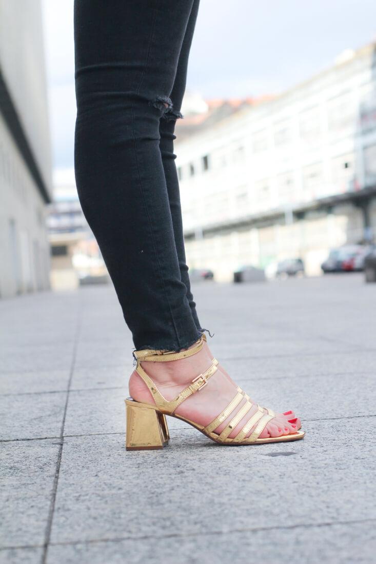 street-style-golden-shoes-bomber-floreada