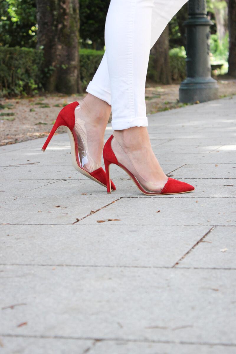 tacones-rojos-krack-lady-addict-vaqueros-blancos-blog-moda-siemprehayalgoqueponerse