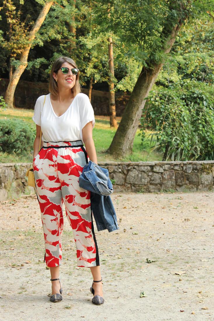 pantalon-estilo-pijamero-rojo-zara
