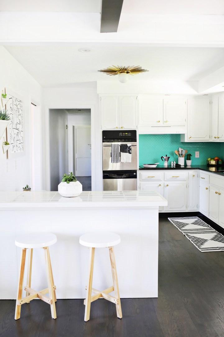 Renueva la decoraci n de la cocina decoraci n hogar - Pintar azulejos cocina ...