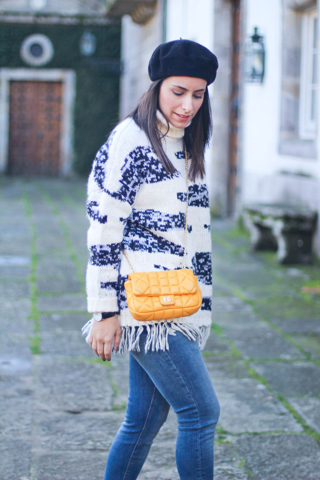street-style-jellow-outfit-con-jersey-de-asos