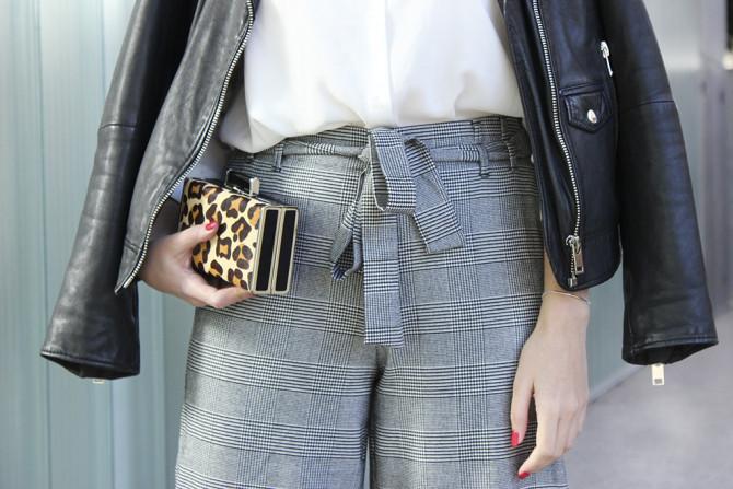 accesorios-pantalon-culotte-estampado-zara-camisa-blanca-chaqueta-perfecto-670x447