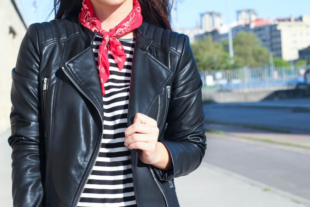 accesorios-street-style-details-look-con-bandana-roja