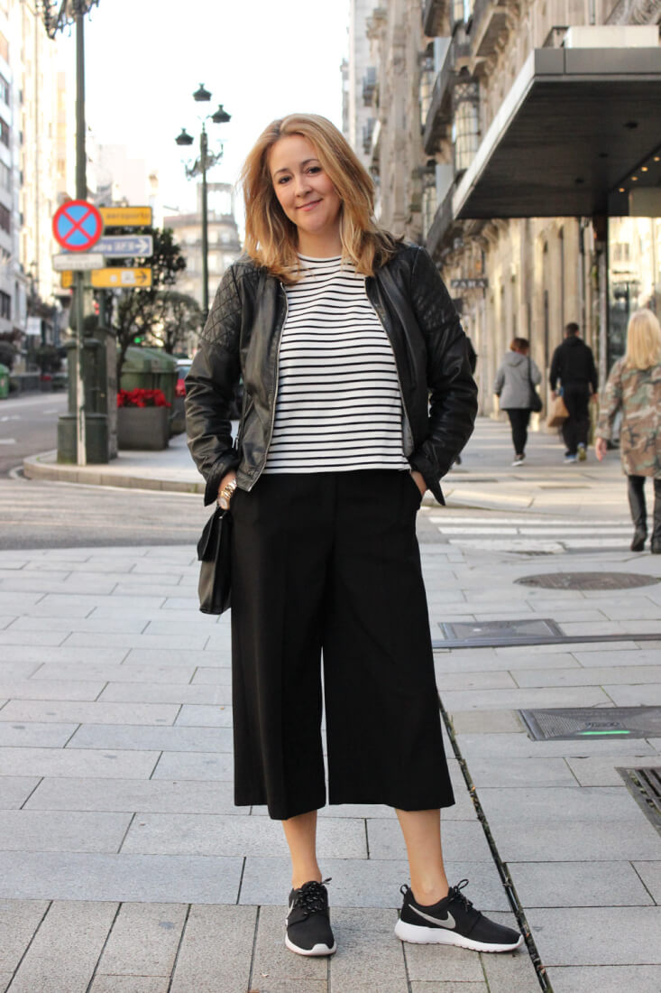 vigo-streetstyle-pantalones-culotte-zara-jersey-rayas-cazadora-massimo-dutti