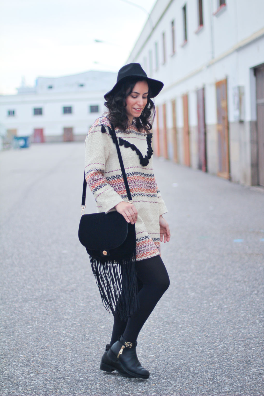 street-style-flecos-como-combinar-tu-vestido-etnico