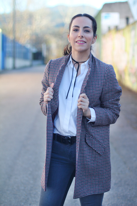 street-style-oxford-abrigo-pata-de-gallo