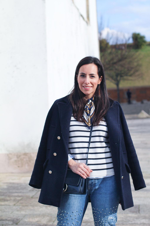 street-style-marinero-pantalón-tachuelas