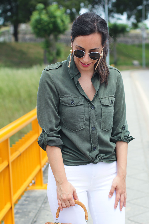 street-style-jeans-desflecados-blancos