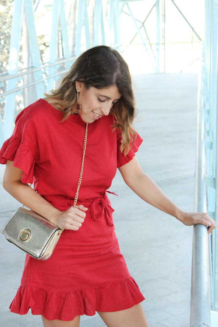 vestido-lino-rojo-como-combinarlo-verano-2017