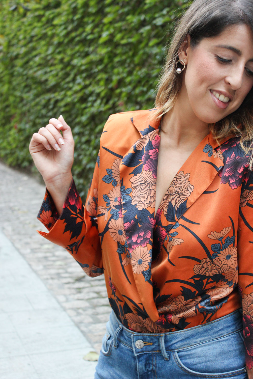 Body naranja de estampado oriental de Zara